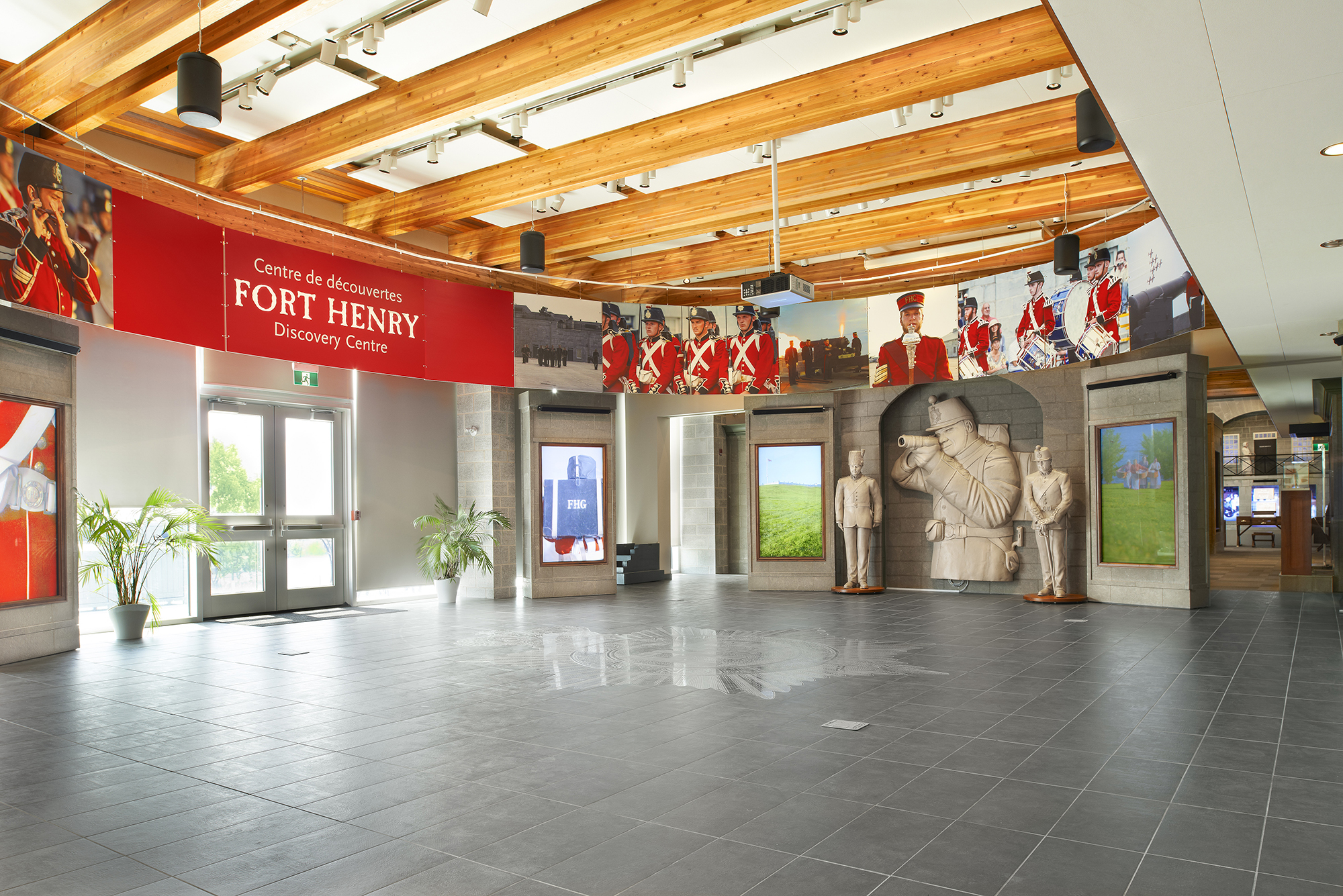 Fort-Henry-Visitor-Centre-82603-6